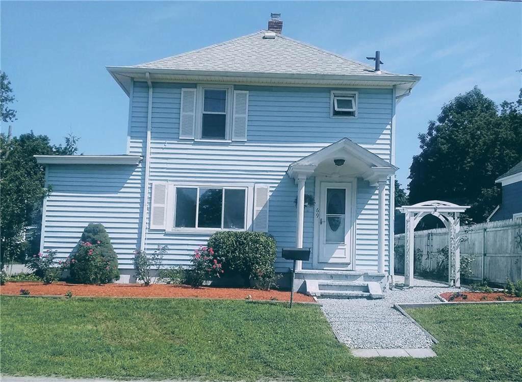 69 Suburban Pkwy, Warwick, RI 02889 (MLS #1219810) :: Westcott Properties