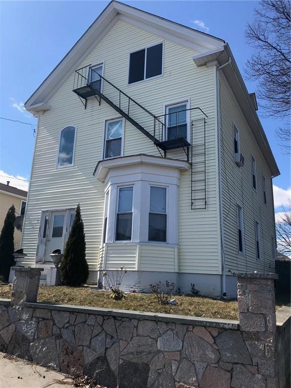 15 Ninth St, East Providence, RI 02914 (MLS #1220605) :: Westcott Properties