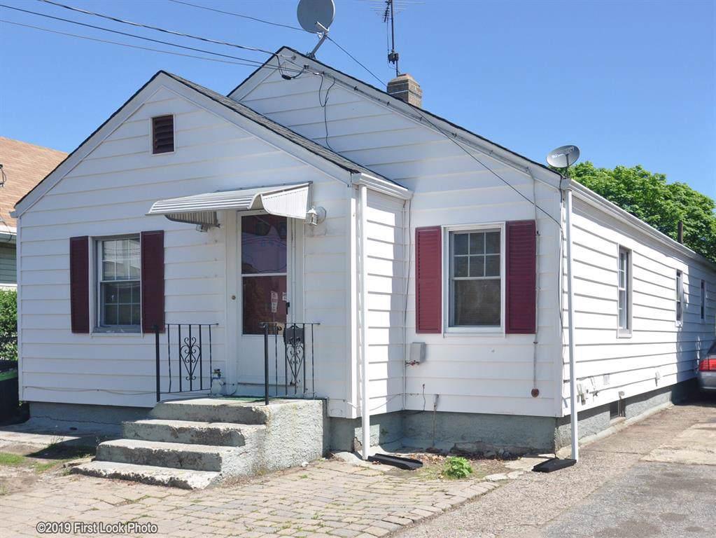 642 Prospect St, Pawtucket, RI 02860 (MLS #1223163) :: Onshore Realtors