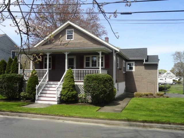 218 Franklin St, Warren, RI 02885 (MLS #1223841) :: Onshore Realtors