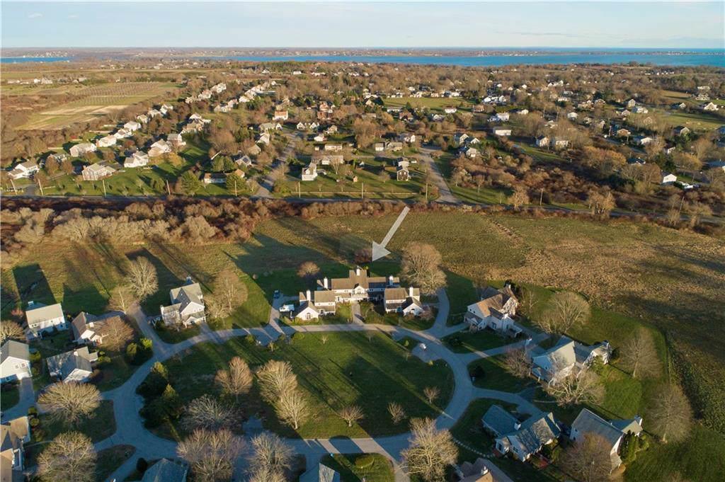114 Corey Lane, Middletown, RI 02842 (MLS #1223982) :: Welchman Real Estate Group | Keller Williams Luxury International Division