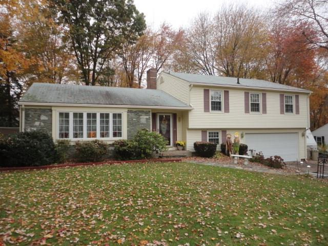 22 Musket Rd, Lincoln, RI 02865 (MLS #1224377) :: The Martone Group