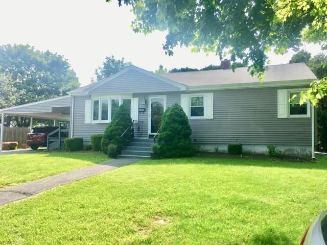 8 Wood Ter, Middletown, RI 02842 (MLS #1225365) :: Welchman Torrey Real Estate Group