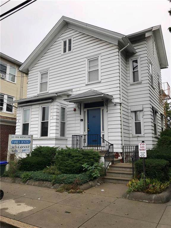 261 Academy Av, Providence, RI 02908 (MLS #1225527) :: The Seyboth Team