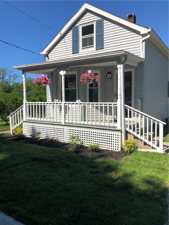 7 Pemberton Av, Jamestown, RI 02835 (MLS #1226513) :: Welchman Torrey Real Estate Group