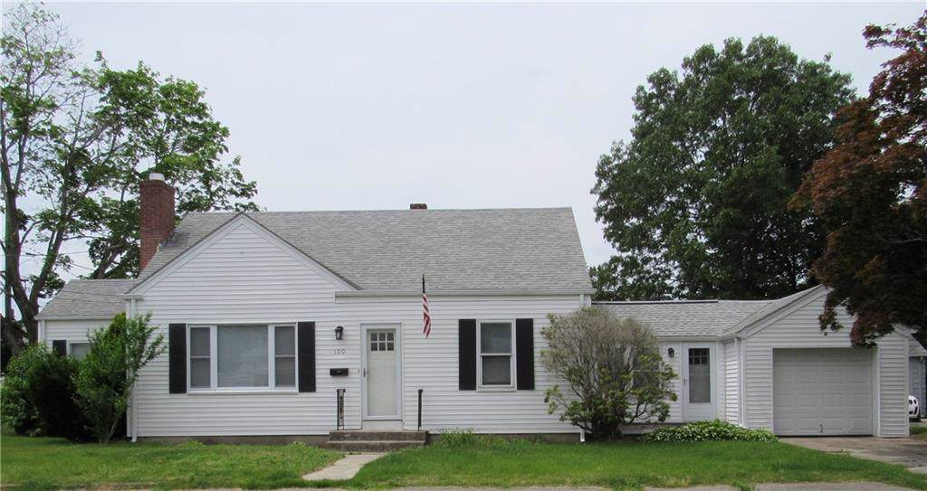 100 Woodside Av, Pawtucket, RI 02861 (MLS #1226524) :: RE/MAX Town & Country