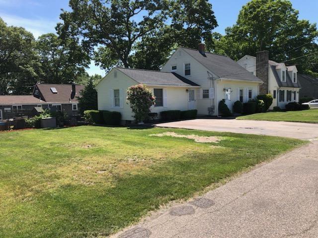 130 Benbridge Av, Warwick, RI 02888 (MLS #1226839) :: Westcott Properties