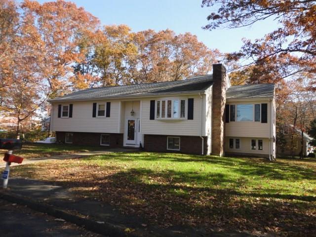 46 Brayton Rd, Tiverton, RI 02878 (MLS #1227123) :: Welchman Torrey Real Estate Group