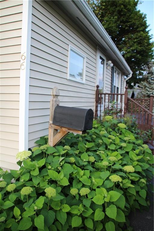 66 Planet Av, East Providence, RI 02915 (MLS #1227593) :: Albert Realtors