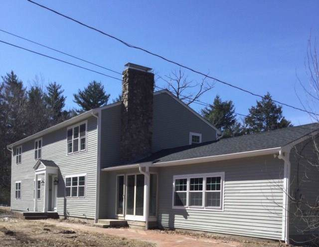 1069 Reynolds Rd, Glocester, RI 02814 (MLS #1229257) :: The Martone Group