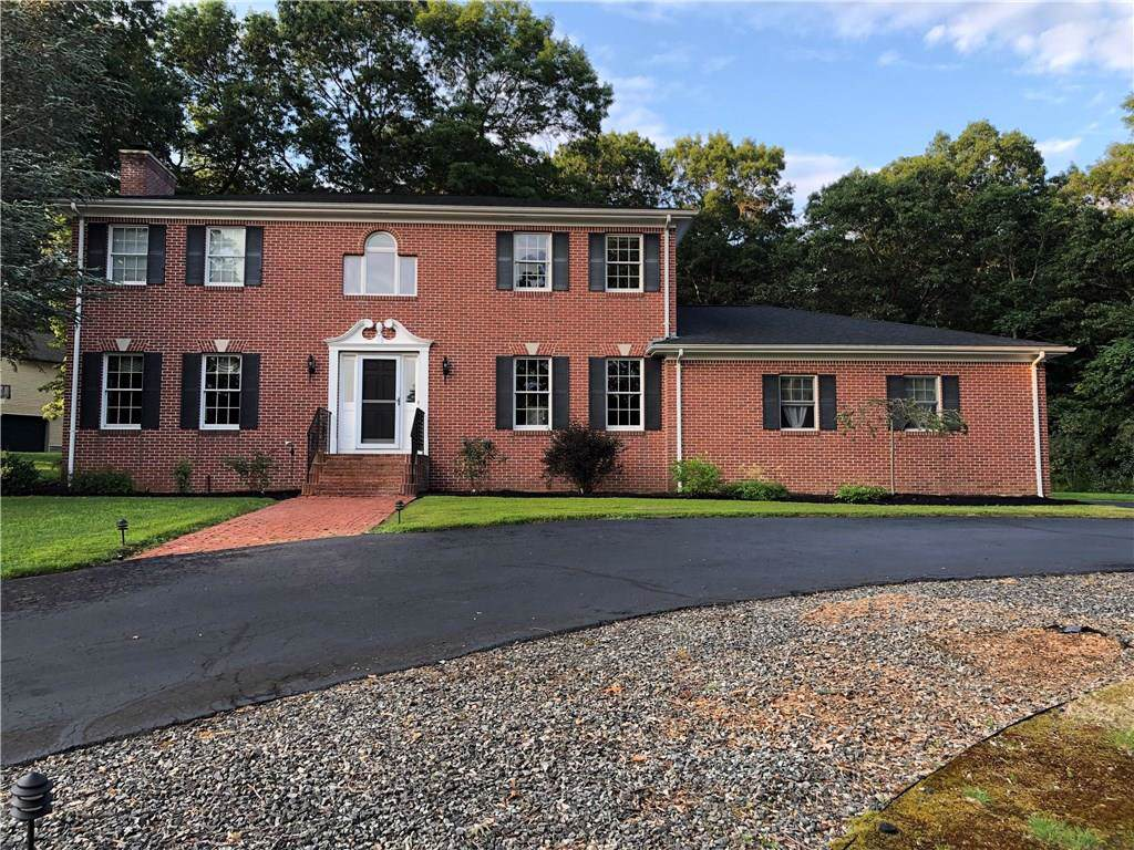 32 Rollingwood Dr, Johnston, RI 02919 (MLS #1229988) :: The Martone Group