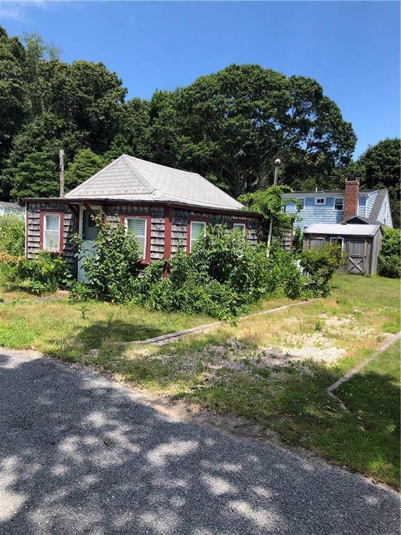 51 Ash St, South Kingstown, RI 02879 (MLS #1230601) :: Westcott Properties