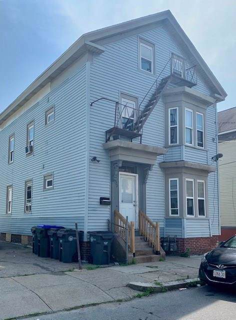 32 Gilmore Street, Providence, RI 02907 (MLS #1230717) :: The Martone Group