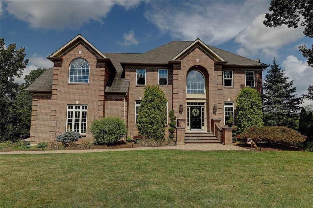 8 Hines Farm Dr, Cumberland, RI 02864 (MLS #1231236) :: Westcott Properties