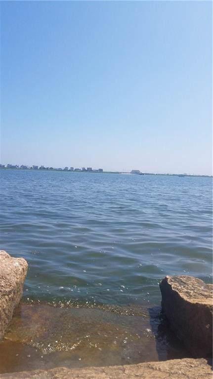 30 Harbor Dr, Westerly, RI 02891 (MLS #1231805) :: Sousa Realty Group