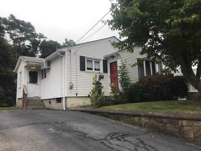 103 Walnut St, Johnston, RI 02919 (MLS #1232515) :: Welchman Torrey Real Estate Group