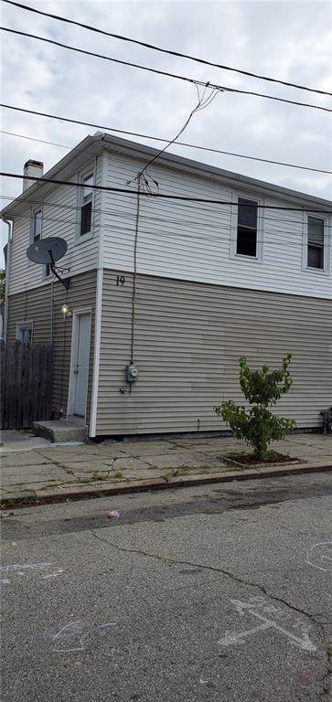 19 Warren Street, Providence, RI 02907 (MLS #1233566) :: The Martone Group