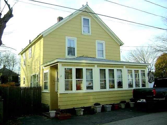 85 Oniska Street, Warwick, RI 02889 (MLS #1235255) :: RE/MAX Town & Country
