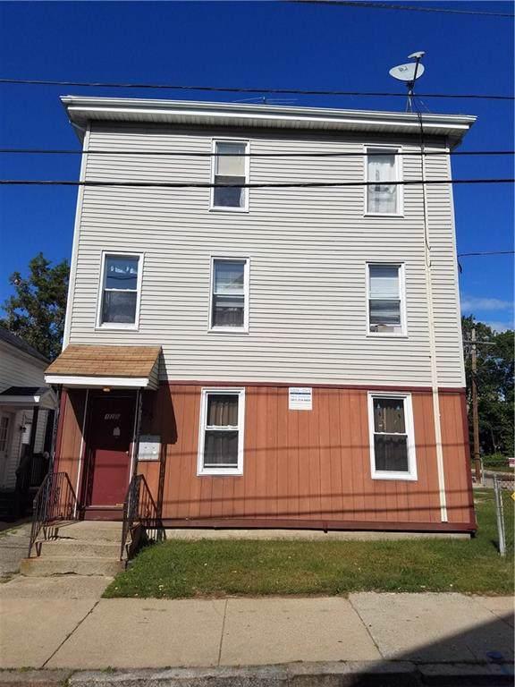128 Willow St Street, Woonsocket, RI 02895 (MLS #1236903) :: The Martone Group