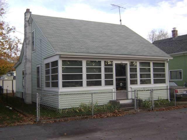 66 Sagamore Street, Warwick, RI 02889 (MLS #1238686) :: RE/MAX Town & Country