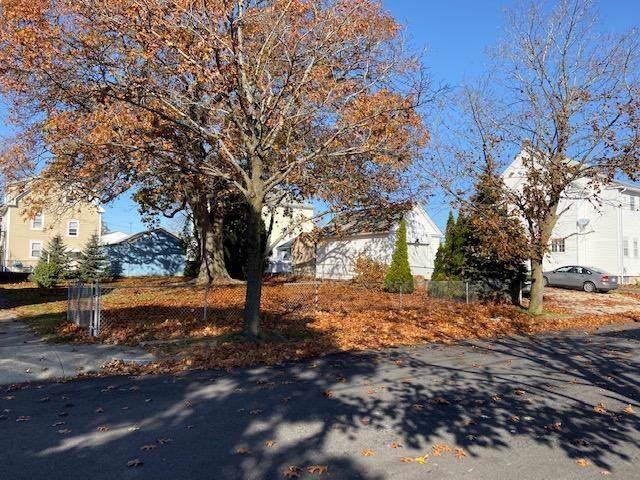 64 Talcott Avenue, Pawtucket, RI 02860 (MLS #1241436) :: RE/MAX Town & Country