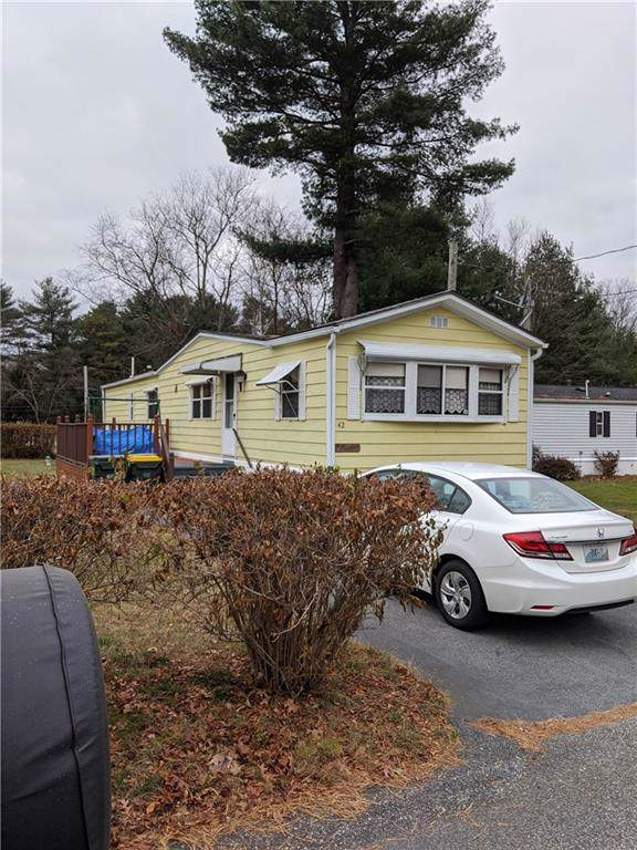 42 Rexmere Road, Burrillville, RI 02839 (MLS #1241668) :: RE/MAX Town & Country