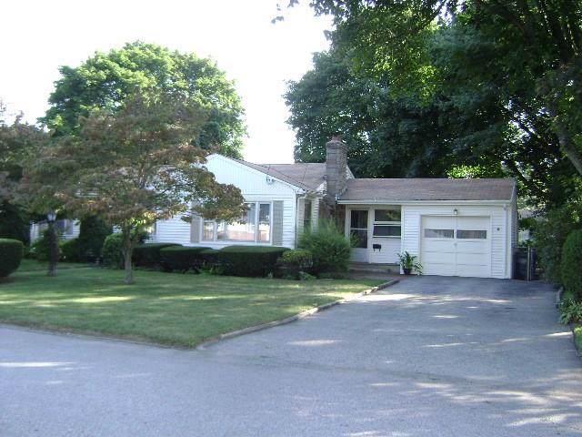 372 Potters Avenue, Warwick, RI 02886 (MLS #1242766) :: Westcott Properties