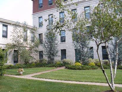 19 Higgins Street #107, Smithfield, RI 02917 (MLS #1243071) :: Welchman Real Estate Group