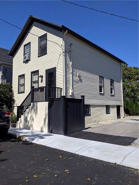 5 Marsh Street, Newport, RI 02840 (MLS #1244327) :: The Seyboth Team