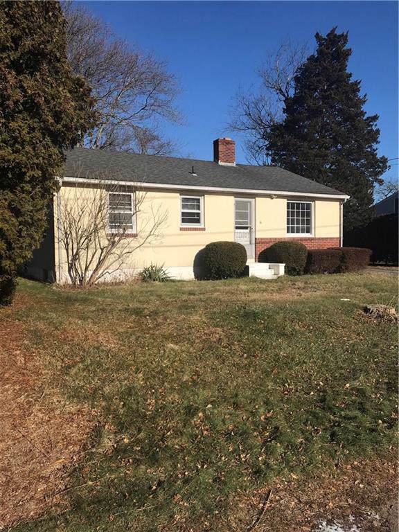 6 Boxwood Avenue, Westerly, RI 02891 (MLS #1244958) :: RE/MAX Town & Country