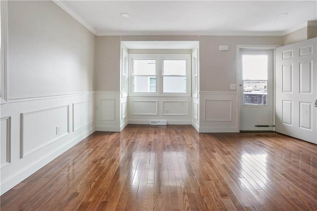 362 Carpenter Street - Photo 1