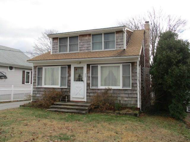 352 Maple Avenue, Barrington, RI 02806 (MLS #1247815) :: Onshore Realtors