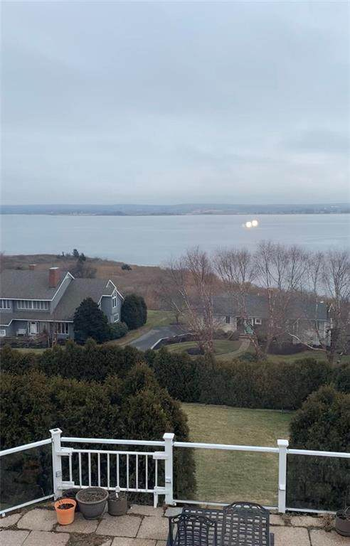17 Annette Drive, Portsmouth, RI 02871 (MLS #1248164) :: Alex Parmenidez Group