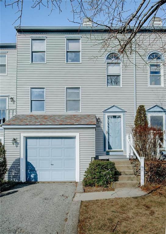 1 Willow Glen Circle #125, Warwick, RI 02889 (MLS #1249912) :: The Mercurio Group Real Estate