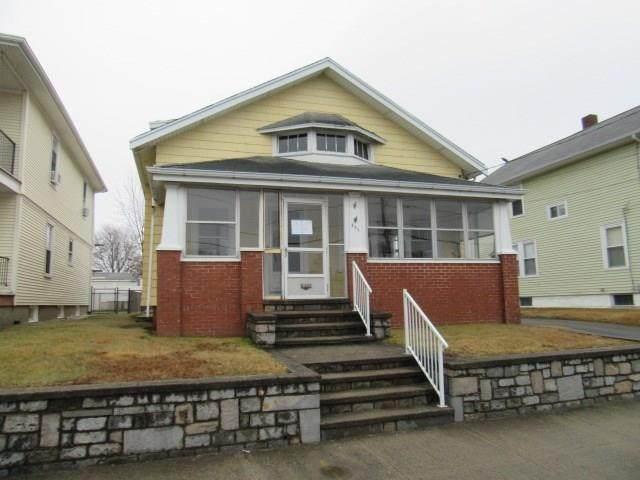 895 Central Avenue, Pawtucket, RI 02861 (MLS #1250414) :: The Martone Group