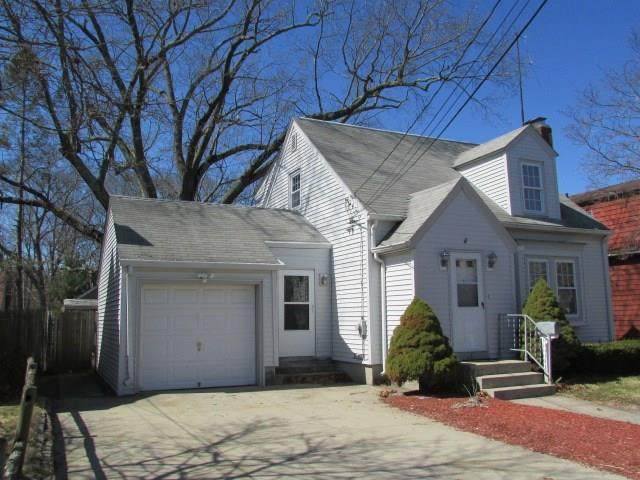 25 Sunset Terrace, Cranston, RI 02905 (MLS #1250539) :: The Martone Group
