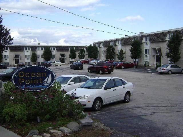 4430 Post Road, Warwick, RI 02818 (MLS #1250693) :: The Martone Group