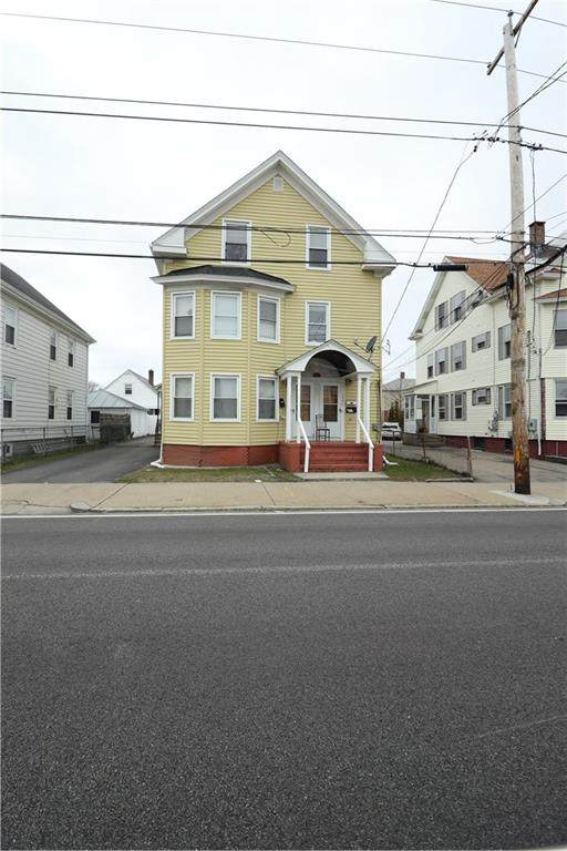 1322 Newport Avenue, Pawtucket, RI 02861 (MLS #1251030) :: The Seyboth Team