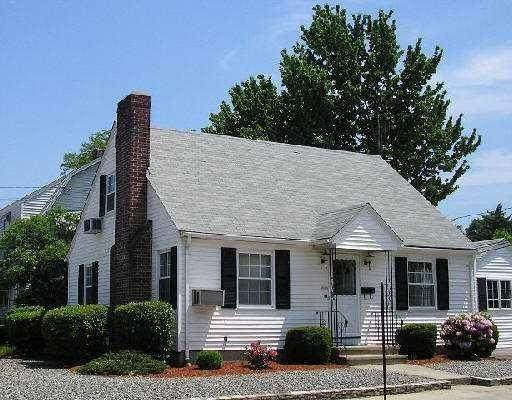 1062 Reservoir Avenue, Cranston, RI 02910 (MLS #1251231) :: Anchor Real Estate Group