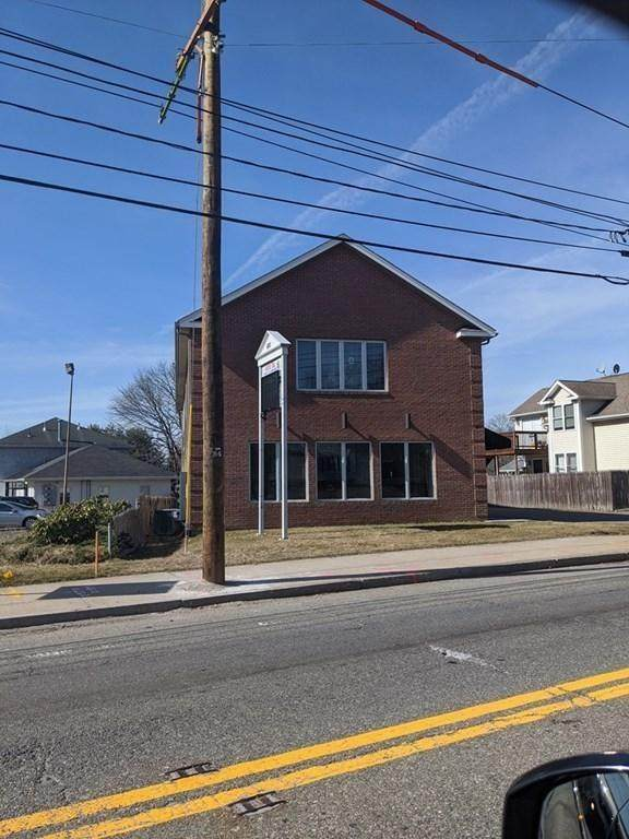 691 Fall River Avenue, Seekonk, MA 02771 (MLS #1251384) :: The Martone Group