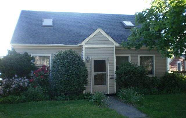 110 N Champlin Place N, Newport, RI 02840 (MLS #1255068) :: Spectrum Real Estate Consultants