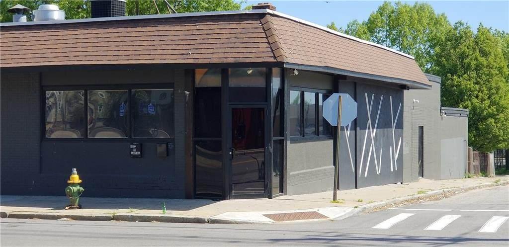 605 Douglas Avenue - Photo 1