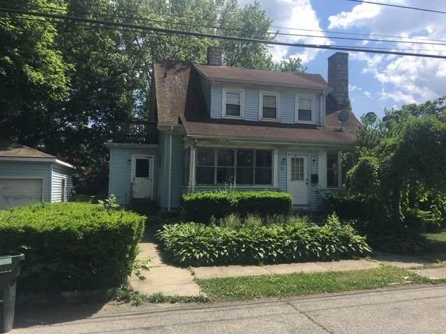 84 Indiana Avenue, Providence, RI 02905 (MLS #1255518) :: The Martone Group