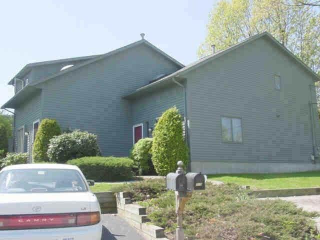 111 Lake Street F, Cranston, RI 02910 (MLS #1255609) :: The Martone Group