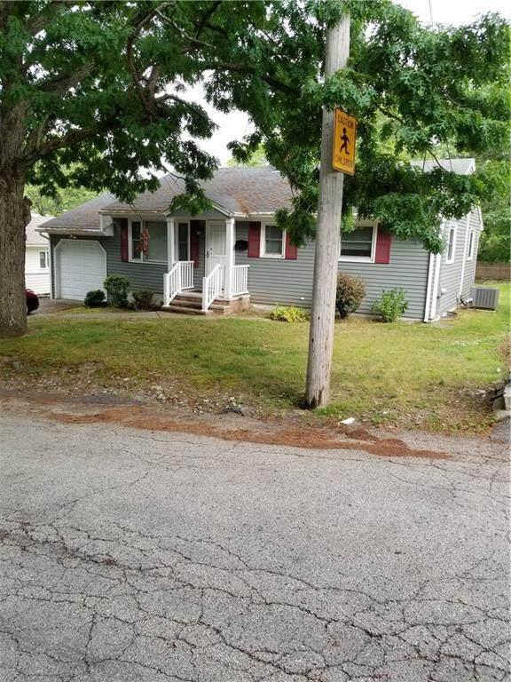 37 Hornbine Street, Cranston, RI 02910 (MLS #1255646) :: The Martone Group