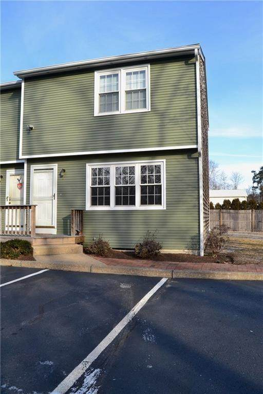 5804 Post Road #6, Warwick, RI 02818 (MLS #1257945) :: The Martone Group