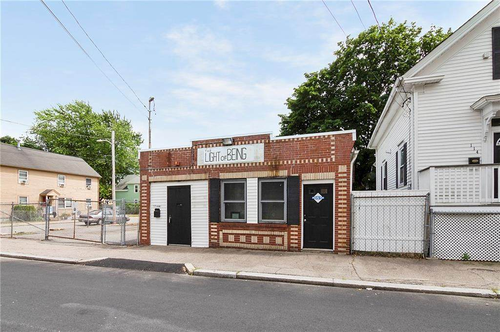 112 Bogman Street - Photo 1