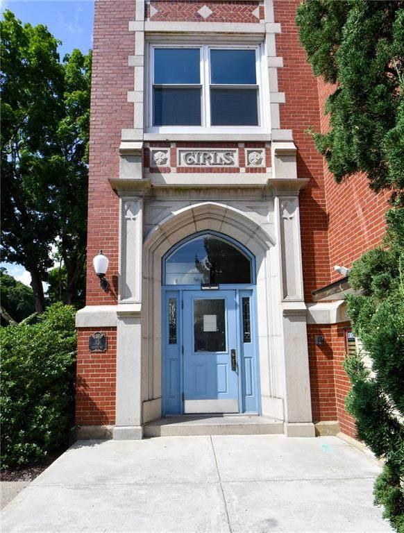 15 Curtis Street #306, Cranston, RI 02920 (MLS #1258403) :: Spectrum Real Estate Consultants