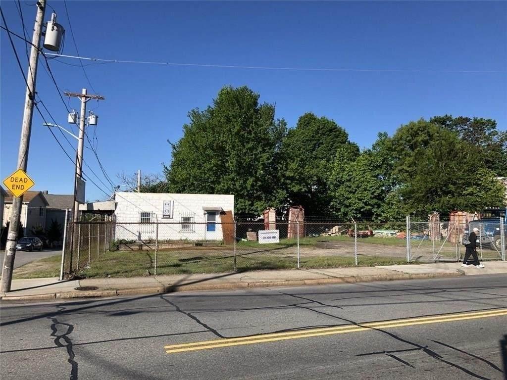 314 Branch Avenue - Photo 1