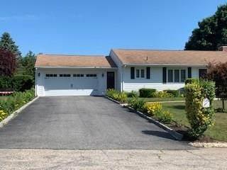 10 Greenbriar Road, West Warwick, RI 02893 (MLS #1261242) :: The Martone Group